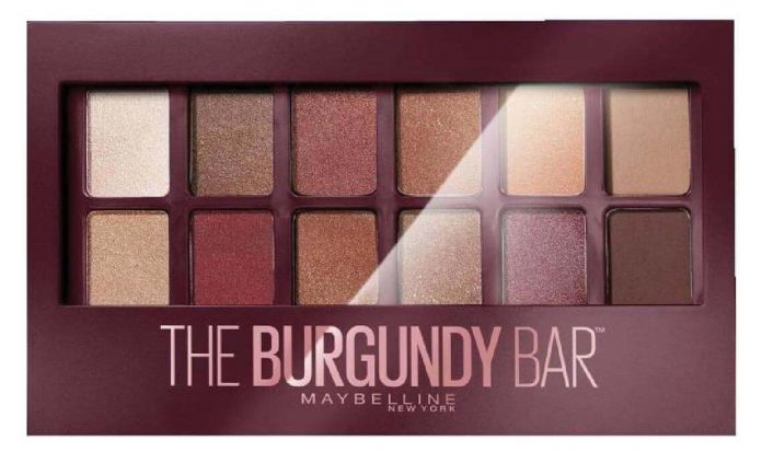 Maybelline The Burgundy Bar Far Paleti inceleme konusu