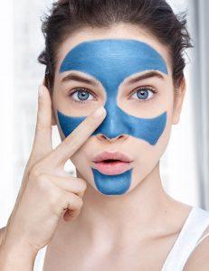 Loreal Paris Saf Kil Siyah Nokta Karşıtı Maske Nasıl Uygulanır?
