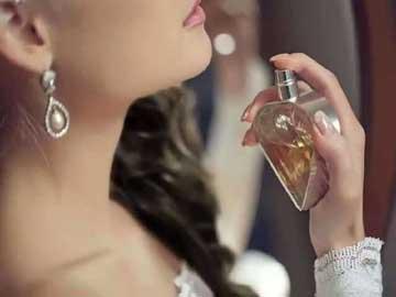 Kadın Parfümü Aromaları Nelerdir?