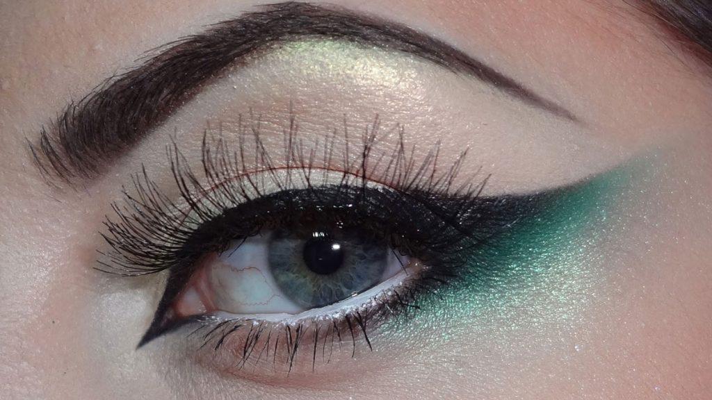 Mavi ve Yeşil Gözler İçin Far Paleti