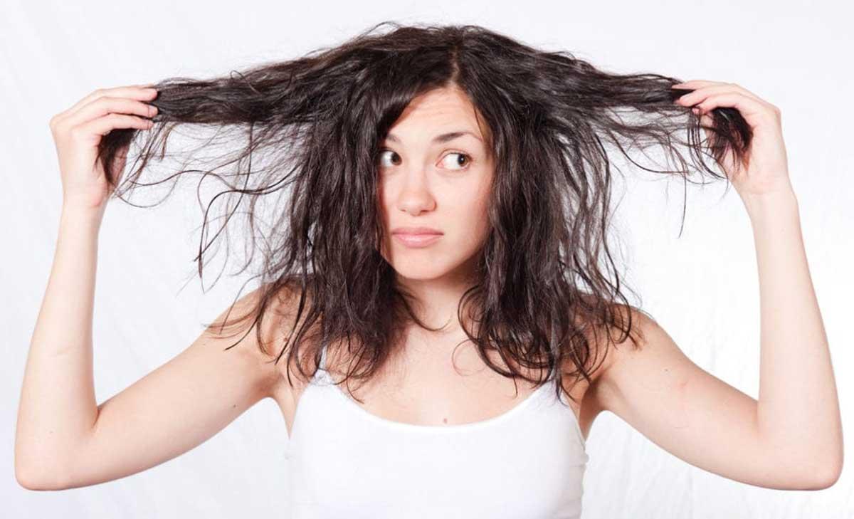 Yağlı Saç Bakımı Nasıl Olmalı?