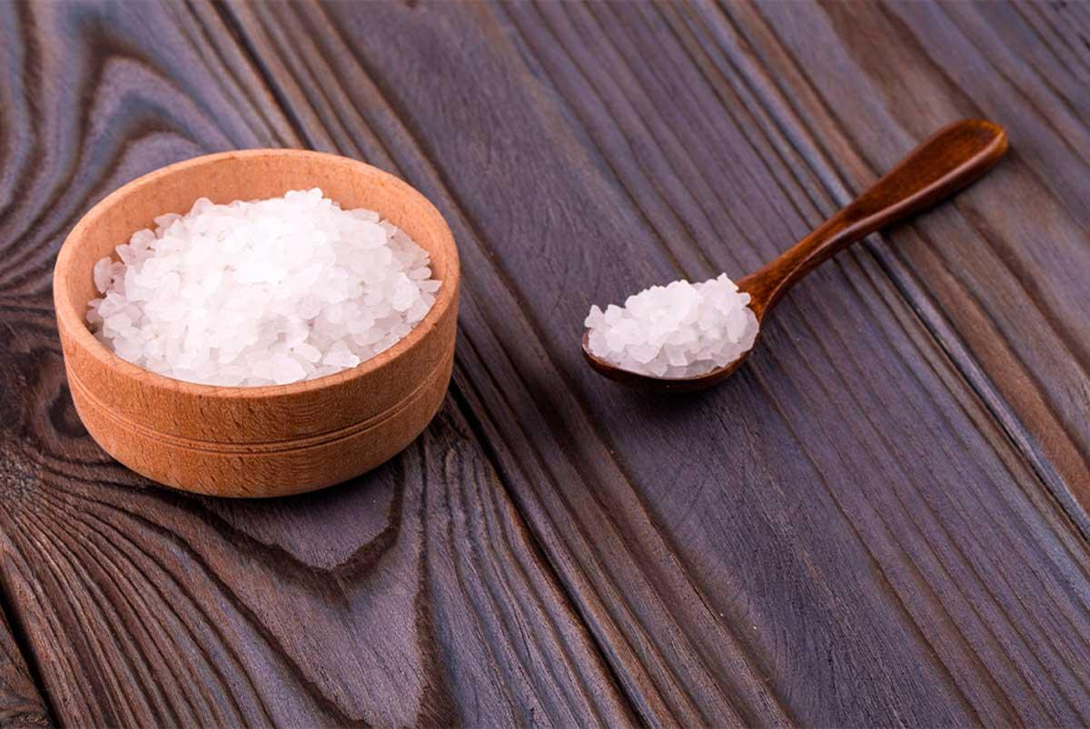 Tuz ile Saç Düzleştirme Faydaları ve Zararları Neler?